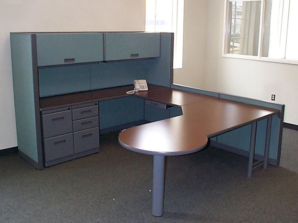 Private Office and Reception Workstation