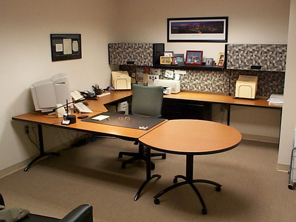 Private Office Workstation